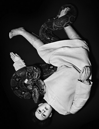POP-Magazine_AW2011_MARINA_ABRAMOVIC_RENE_HABERMACHER_3